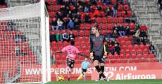 Amath culminando la mayor goleada encajada esta temporada en Son Moix (1-4). Foto: LFP.