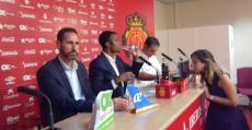 Moreno, Molango y Recio en la presentación del técnico valenciano. Foto: TTdeporte.com.