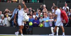 Nadal en su despedida de Wimbledon el año anterior en octavos.