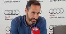 Vicente Morneo durante su entrevista en Radio MARCA llevada a cabo en Audi Center Palma. Foto: TTdeporte.com.