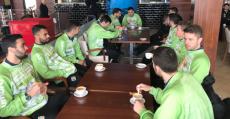 La plantilla del Palma Futsal tomando café en el Media Day. Foto: TTdeporte.com.