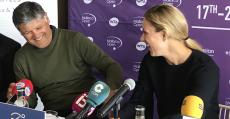 Toni Nadal departiendo junto a Angie Kerber en la presentación. Foto: TTdeporte.