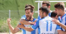 Xisco Hernández celebrando su tanto de penalti en Morvedre. Foto: GuiemSports.