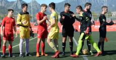 Saludo previo al San Francisco-Manacor disputado en la penúltima jornada. Foto: Fútbol Balear.