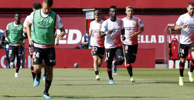 Calentamiento del Mallorca previo al partido ante el Espanyol. Foto: LaLiga.