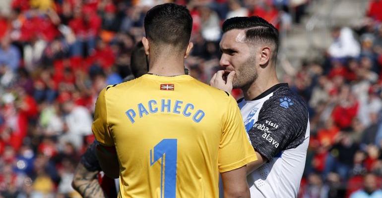 Pacheco se convirtió en el protagonista del primer tiempo parándole un penalti a Sevilla. Foto: LaLiga.