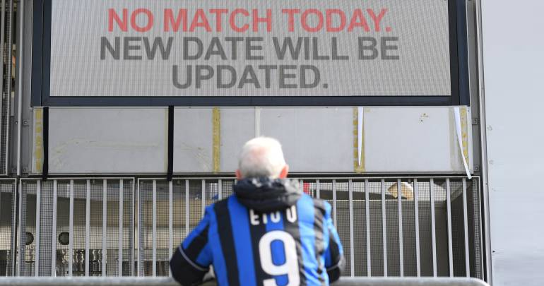 En el norte de Italia se suspendieron partidos de la Serie A como en Milán.